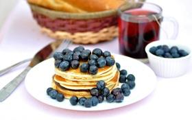 Картинка мед, завтрак, оладьи, еда, блины, ягоды, черника