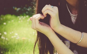 Картинка лето, любовь, настроение, сердце, руки