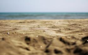 Картинка горизонт, блики, песчинки, вода, море, песок, пляж