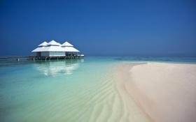 Обои песок, море, пляж, небо, остров, бунгало