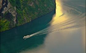 Картинка море, волны, скала, лодка, след
