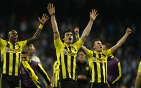 Обои Hummels, Santana, Спорт, Ballspiel-Verein Borussia, football, Боруссия Дортмунд, Футбол