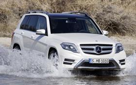 Обои белый, вода, Mercedes-Benz, Мерседес, джип, GLK, передок