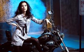 Обои дым, мотоцикл, галстук, рубашка, азиатка, зеркала
