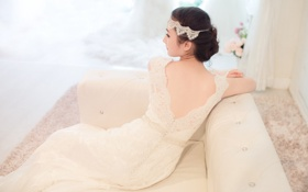 Картинка украшения, диван, платье, причёска, восточная