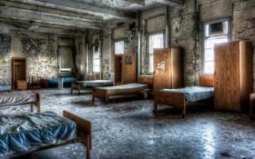Картинка комната, окна, кровати