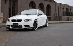 Обои белый, дом, чёрные, bmw, бмв, white, wheels