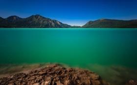 Картинка лес, вода, горы, природа, озеро, берег, зеленая