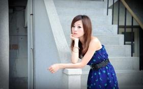Картинка азиатка, грусть, иероглифы, лестница, японка, печаль