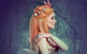 Картинка девушка, лицо, узор, волосы, рука, корона, макияж
