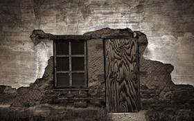 Обои чёрно-белое, Дом, дверь, окно, старый