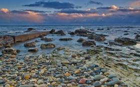 Обои море, небо, облака, закат, камни, пирс, камешки