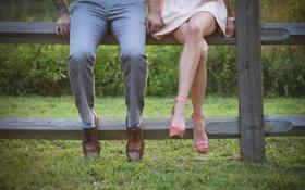 Обои ноги, туфли, брюки