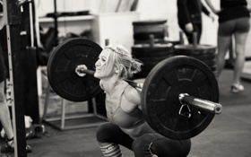 Обои crossfit, weight lifting, gym, female, leg exercises