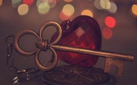 Обои сердце, ключ, кулон