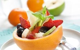 Обои яблоки, апельсины, клубника, бананы, фрукты, дыня, салат