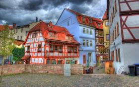 Обои небо, облака, забор, дома, Германия, двор, курорт