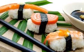 Обои суши, рыба, роллы, рис, водоросли, листья, японская кухня