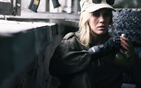Картинка military, оружие, девушка, Ivan Kopchenov, фляга