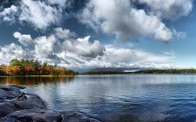 Обои камни, осень, деревья, река, небо, вода, природа. пейзаж
