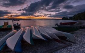 Картинка пляж, закат, озеро, лодки, вечер