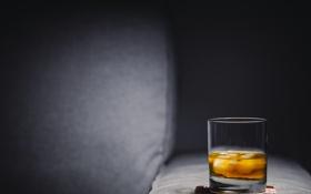 Обои glass, drink, alcohol, whisky, ice cubes, coaster, on the rocks