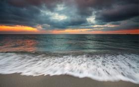 Картинка море, небо, пена, берег