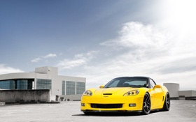 Картинка небо, облака, жёлтый, Z06, Corvette, Chevrolet, шевроле