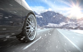Обои дорога, снег, разметка, колесо