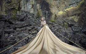 Картинка девушка, ситуация, верёвки