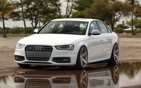 Обои Audi, белая, фары, Vossen, Ауди, отражение, лужа