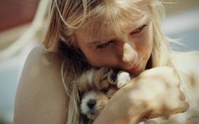 Обои девушка, фотография, щенок, объятие, Photography