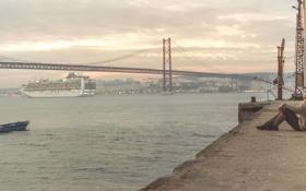 Картинка девушка, мост, город, корабль, Португалия, Лиссабон