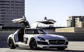 Обои крыша, здания, серебристый, парковка, SLS AMG, Mercedes Benz, мерседес бенц