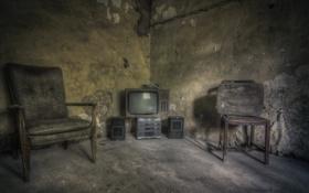 Картинка комната, интерьер, телевизор, кресла