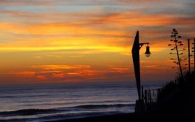 Картинка море, закат, лампа