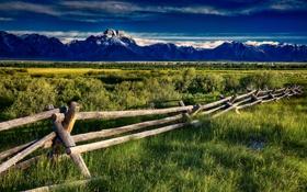 Обои трава, горы, забор, долина, лужа