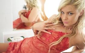 Обои красное, платье, блондинка