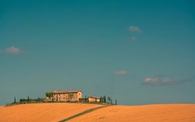 Обои поле, осень, небо, облака, дом, холм, Италия