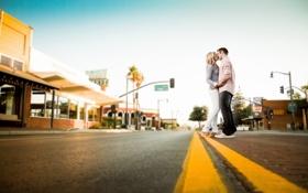 Картинка дорога, город, настроение, поцелуй