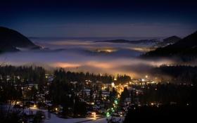 Картинка горы, ночь, город, огни, туман, дома