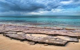 Картинка песок, море, тучи, природа, камни, берег, остров