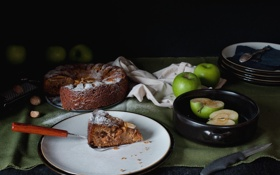 Обои яблоки, пирог, тарелки, нож, орехи, кусок, сдоба