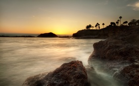 Обои небо, вода, камни, фото, пейзажи