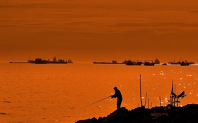 Обои силуэт, Турция, вечер, рыбак, пролив, берег, Босфор