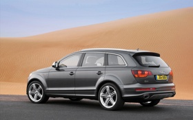 Обои песок, Audi, ауди, авто, пустня, пустыни, Q7 V12 2010 PCi