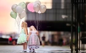 Картинка шары, улица, девочки