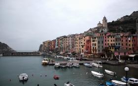 Картинка город, фото, дома, яхты, лодки, причал, Италия