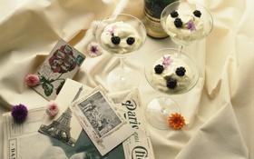 Обои цветы, ретро, газета, натюрморт, шампанское, крем, десерт