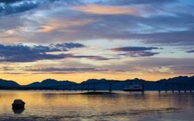 Картинка небо, вода, закат, мост, лодка, корабль, вечер